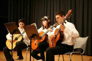 Los alumnos de la Escuela Municipal de Música ofrecen conciertos en La Vidriera cada trimestre