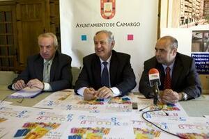 El alcalde presentó la cita con el concejal de Comercio y el presidente de ACEARCA