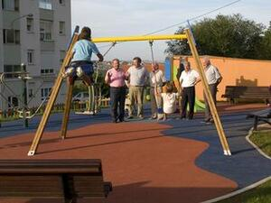 El alcalde visitó el nuevo parque con el concejal de Obras