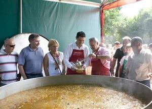 Camargo y Val de San Vicente estrechan lazos de amistad y colaboración en la Fiesta de la Convivencia de los Pueblos.