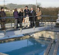 El alcalde y el consejero de Medio Ambiente inauguraron un nuevo sistema de abastecimiento de agua