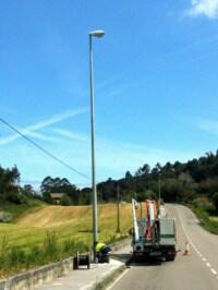 El Ayuntamiento mejora la iluminación en la carretera que une Igollo con Escobedo